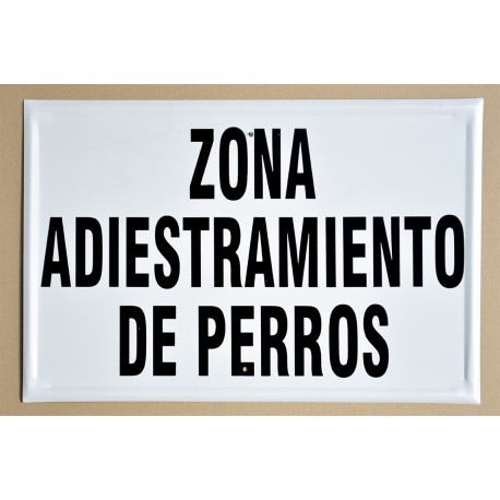 ZONA ADIESTRAMIENTO DE PERROS