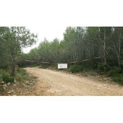 Conjunto señal y cadena 10 m. para cortar caminos